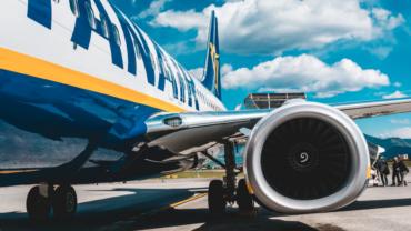 Lachen met Pieter Derks over hoe kut Ryanair is